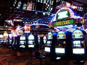 608694_slot_machines